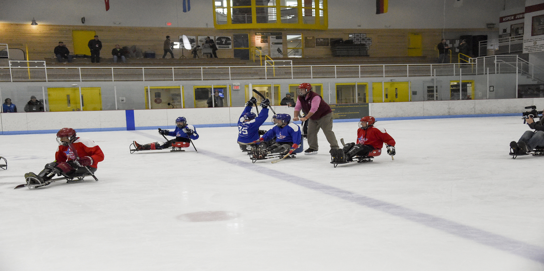 disabled veterans enaging in ice hockey.
